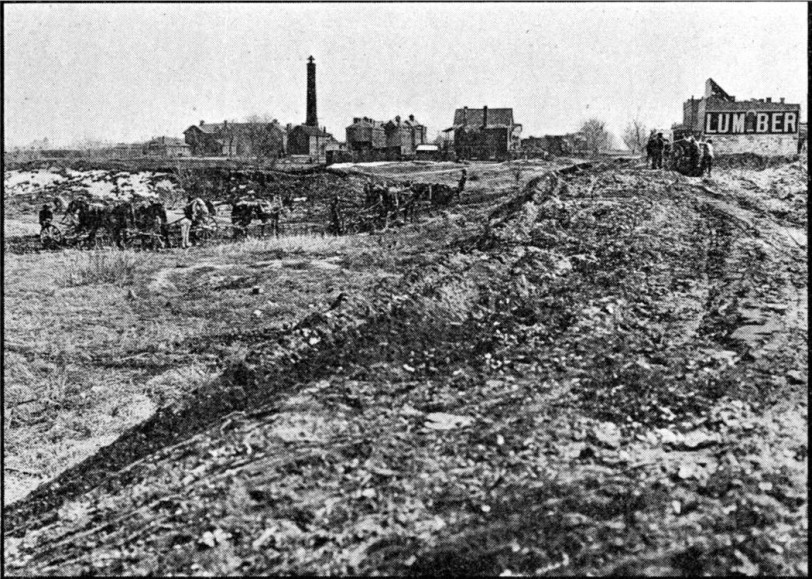 Before Sunken Gardens Construction 1908. From Denver Municipal Facts 1912 May 18. Courtesy DPL Western History Collection C352.078883 D4373mu