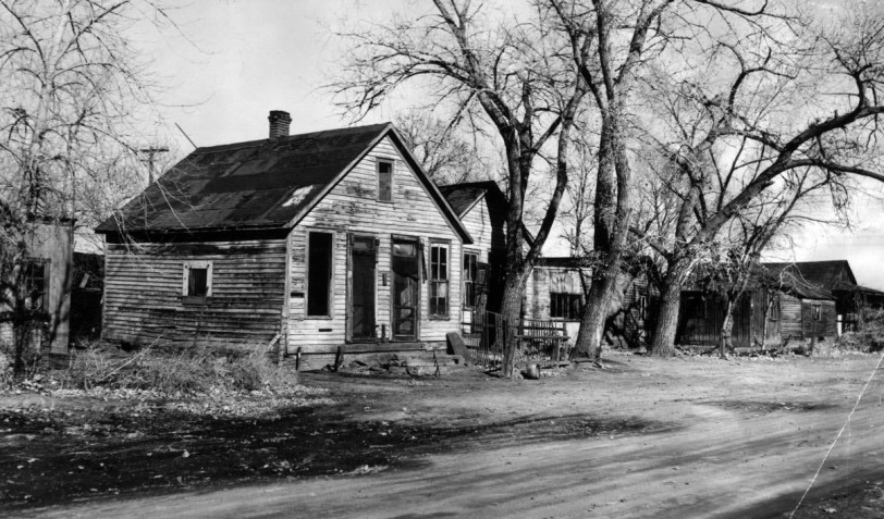 Ugliness soon will vanish- 9th Street Lincoln Park, DPL Western History Collection X-22407